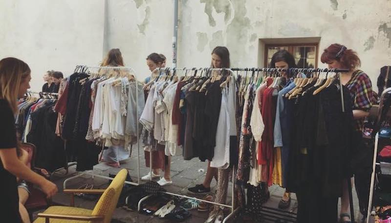 Kleiderstange bei Event